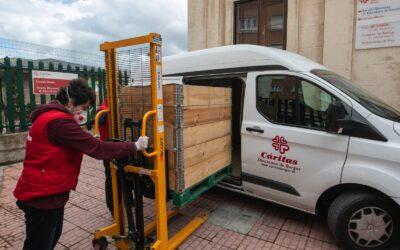 Una treintena de empresas e instituciones colaboran con Cáritas durante la pandemia