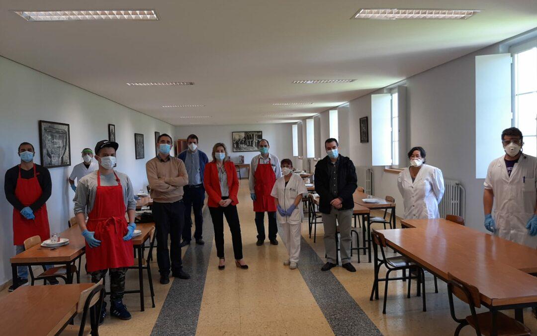 Responsables del área social del Ayuntamiento visitan el albergue